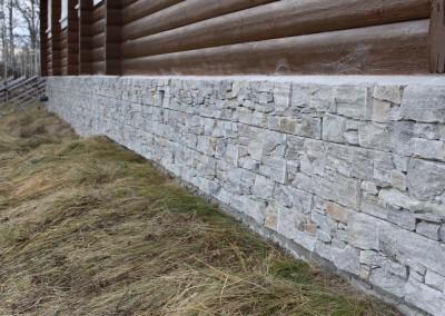 forblendingsstein på mur-2