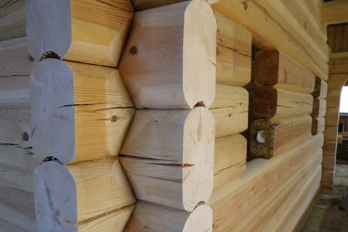 Tømmerhytte til salgs