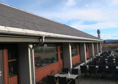 Nytt tak utvendig på Oset Høyfjellshotell - 9