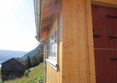 panelering og etterisolering av gammelt tømmerhus -4