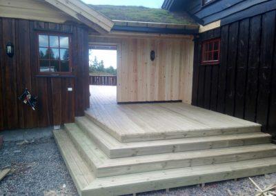 tilbygg hytte med utestue og veranda -3